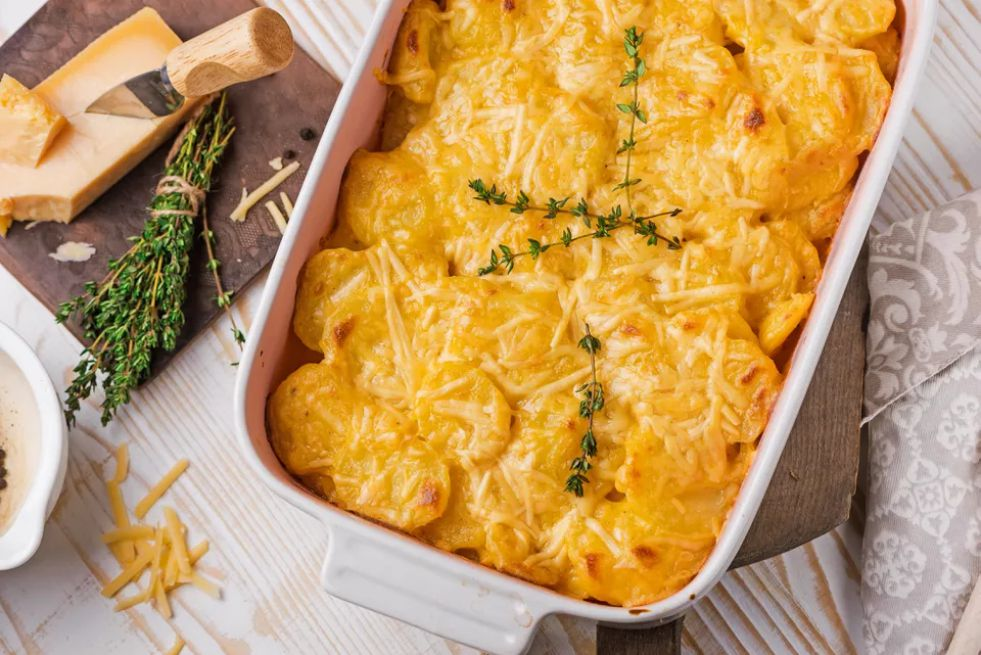 Cheddar cheese scalloped potatoes