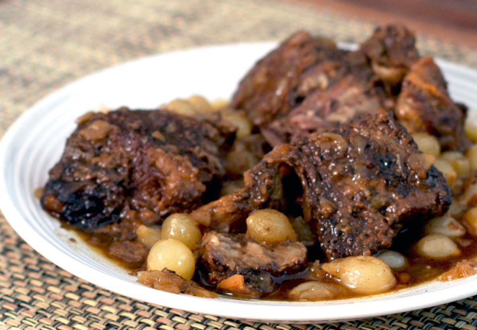 Slow Cooker Braised Short Ribs