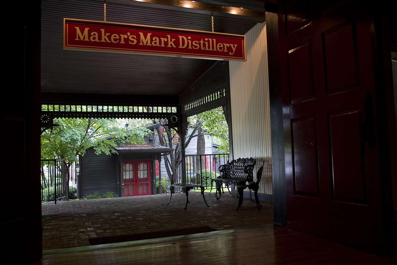 Maker's Mark Bourbon Whiskey Distillery