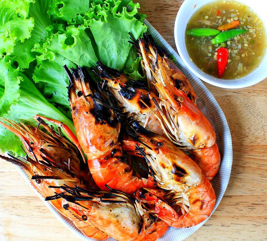 Thai Garlic Shrimp (Easy!)
