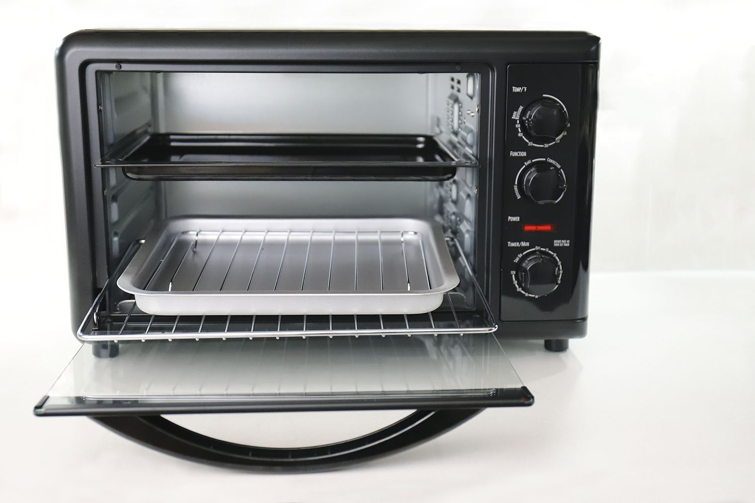 Hamilton Beach Countertop Oven With Convection and Rotisserie 31104D