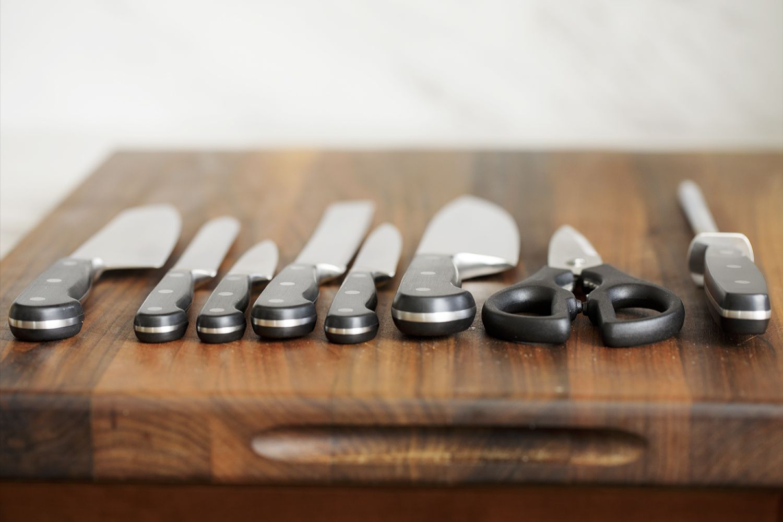wusthof-classic-9-piece-knife-set-cutting-board