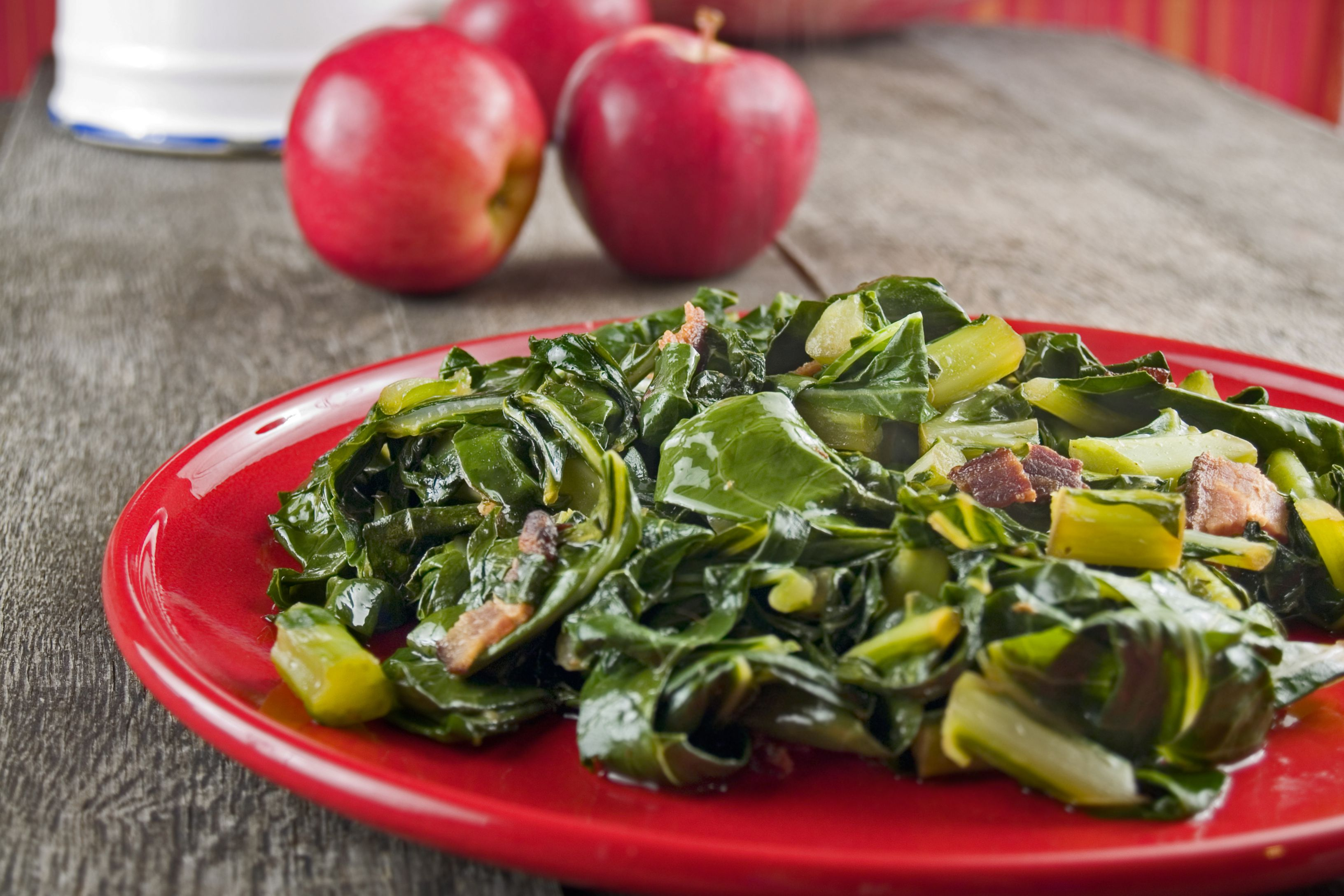 Classic Southern-Style Collard Greens with Bacon and Onions