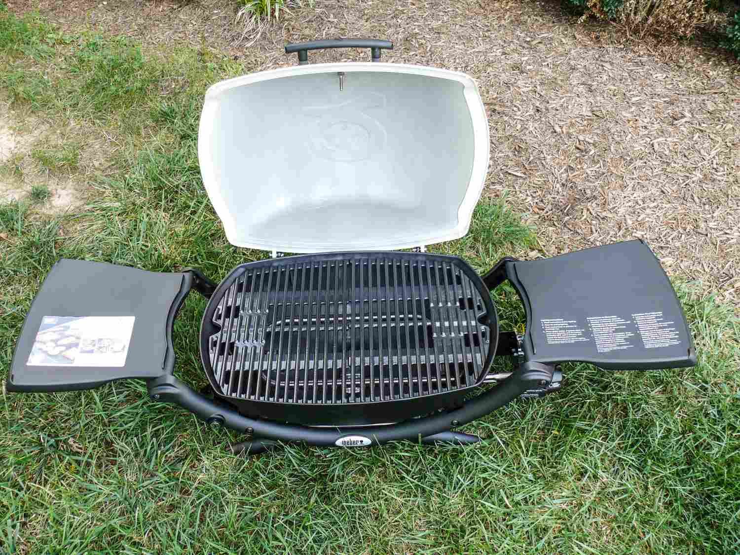 If You Re Not Looking For A Charcoal Or Gas Grill Our Testers Thought This Model Was Great Alternative It S Compact And Easy To Use Once Heated Up