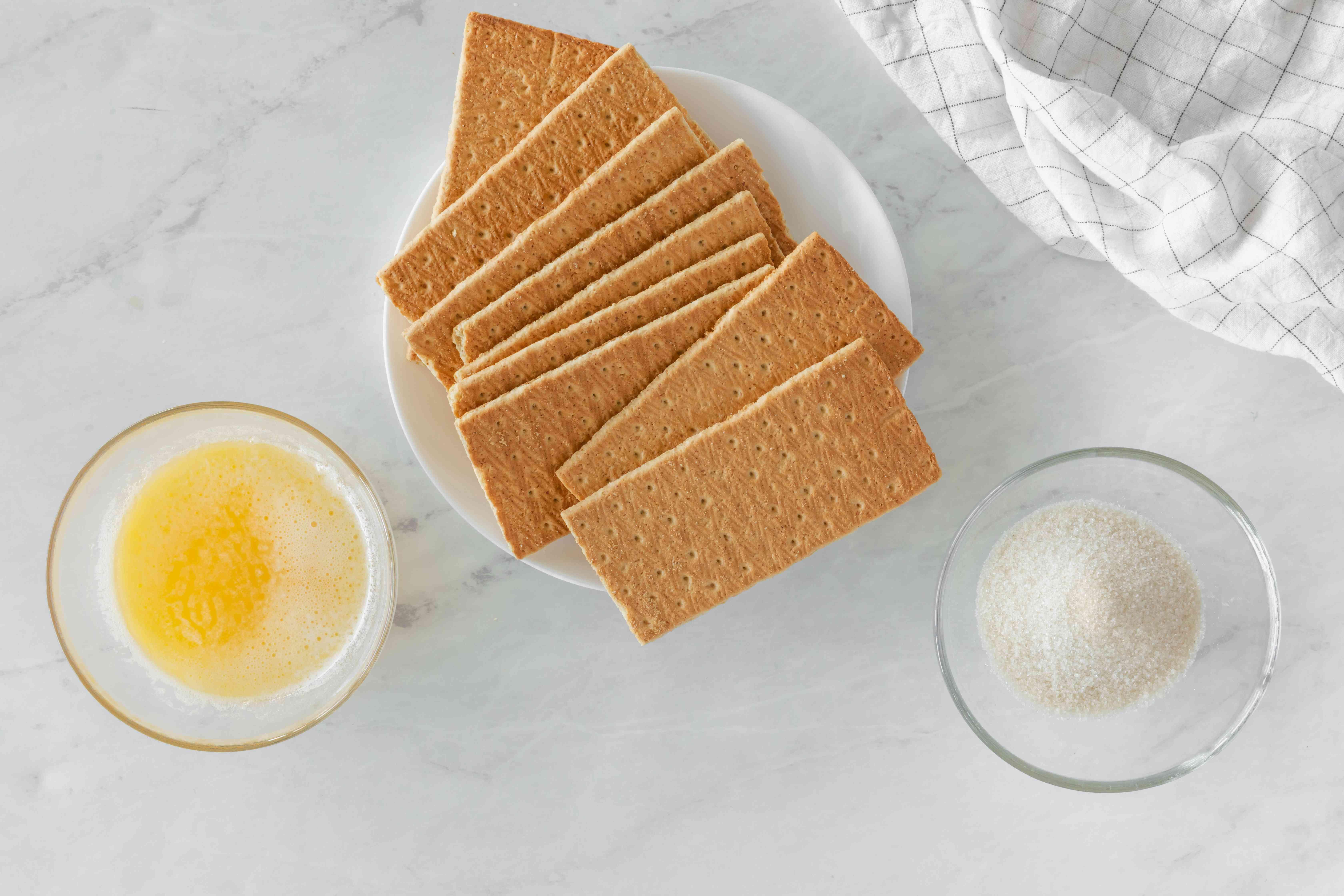 Ingredients for graham cracker crust