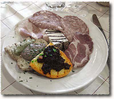 An Antipasto Misto Toscano: Crostini alle Olive