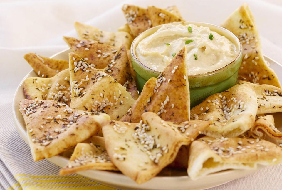 Pita chips with artichoke dip
