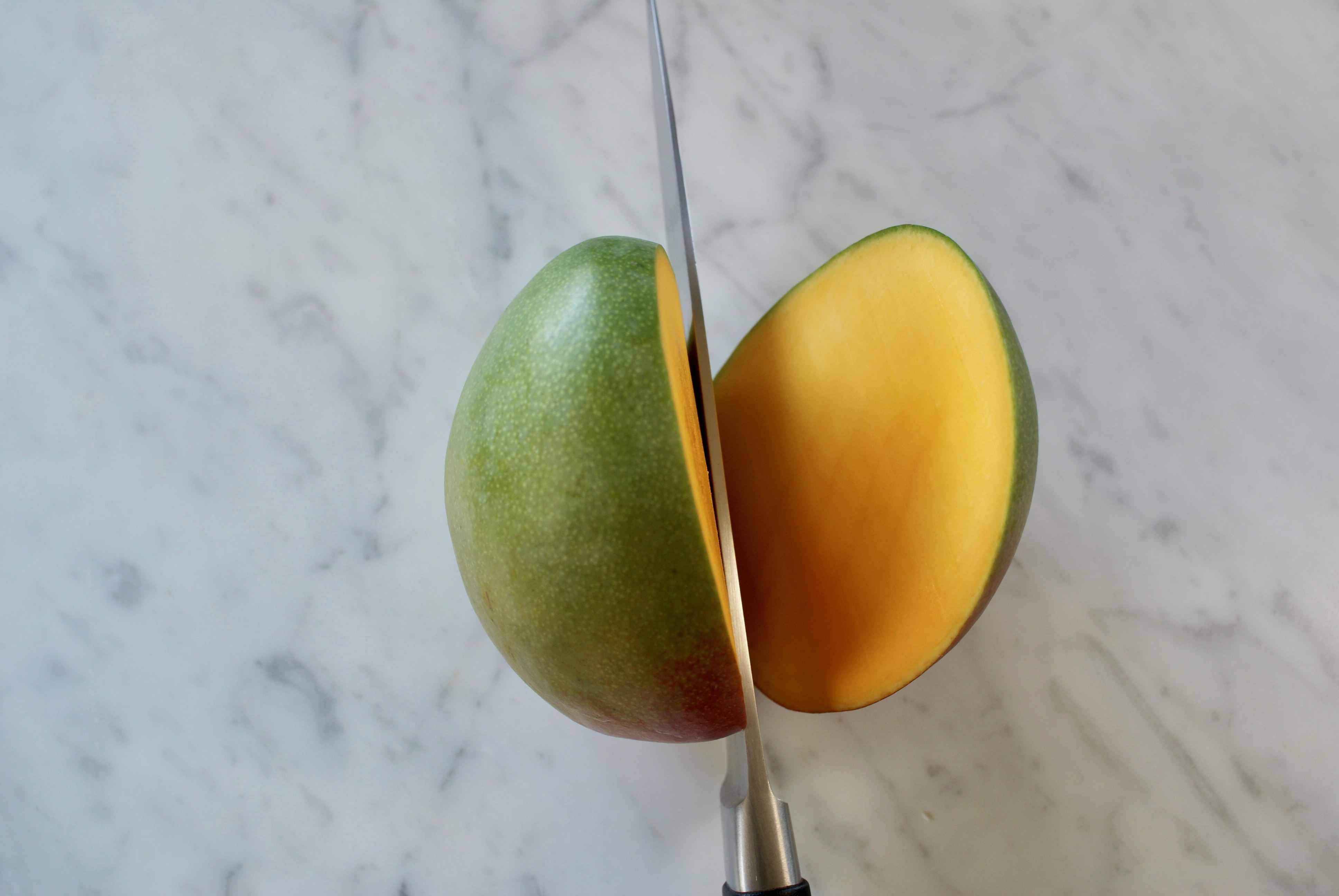 Chopping Mango