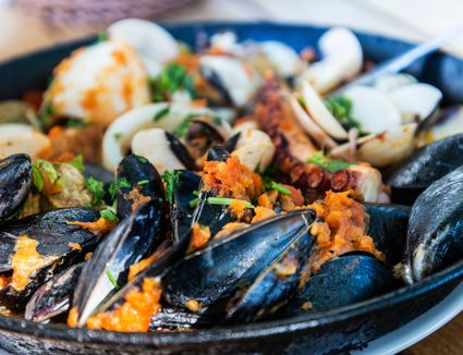 seafood in pan
