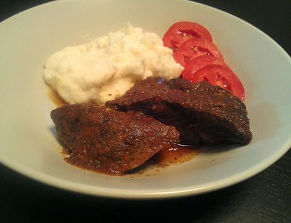 Slow Cooker Country Style Beef Ribs