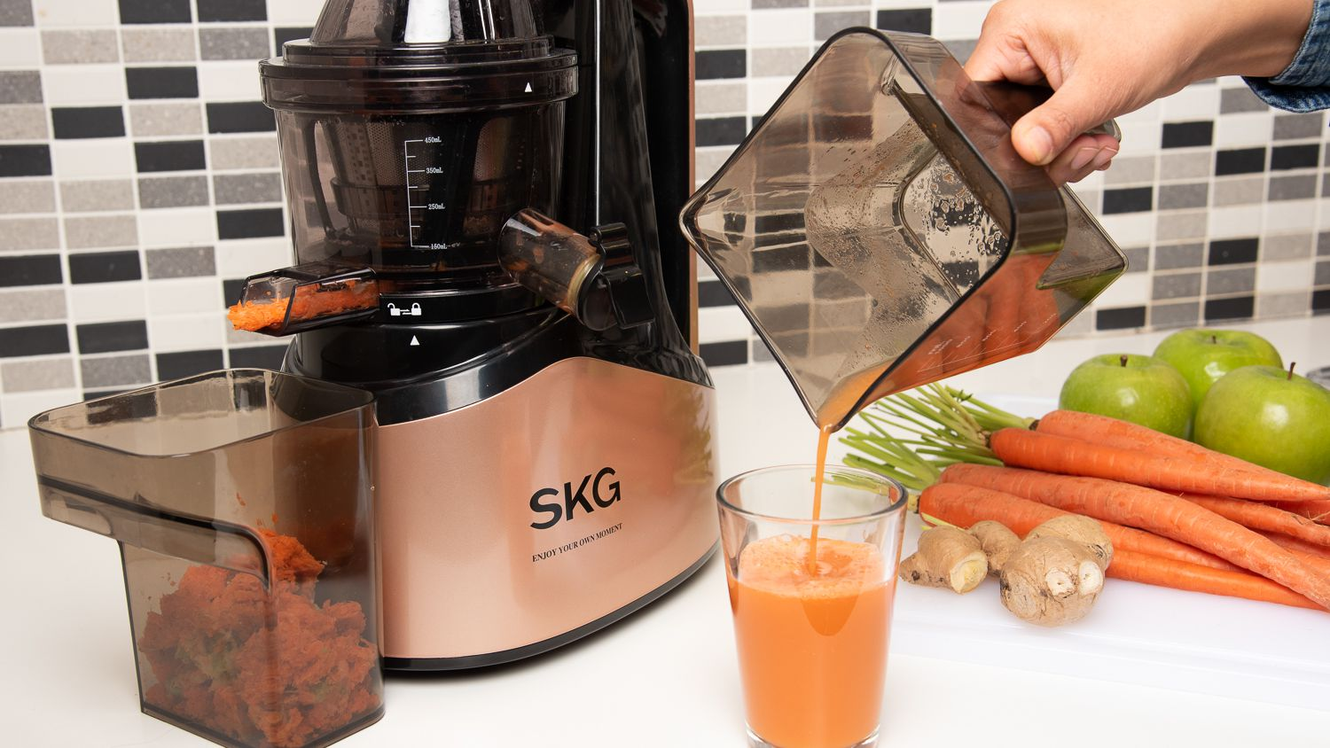 The 8 Best Juicers of 2020