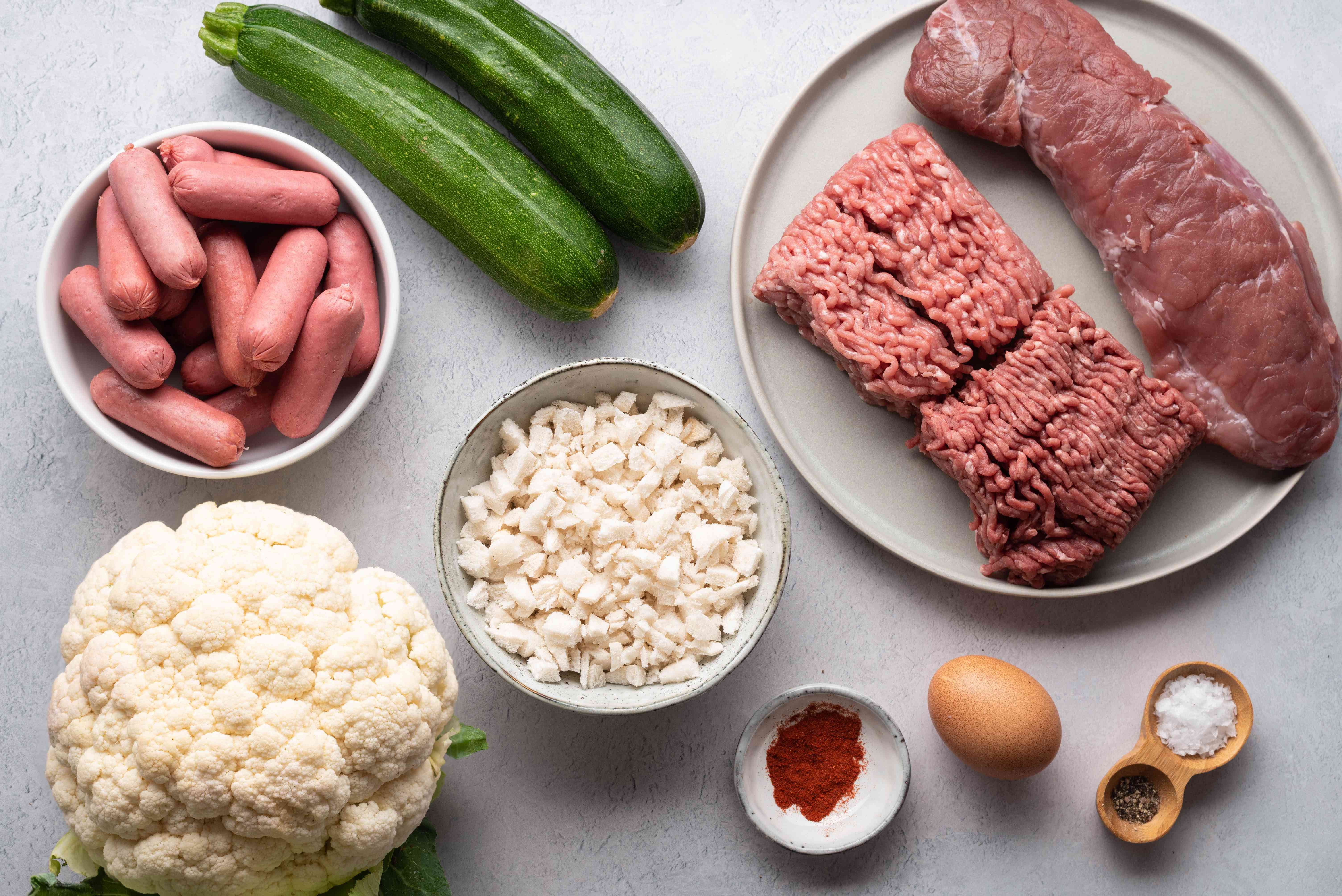 Meat and vegetable ingredients for German meat fondue