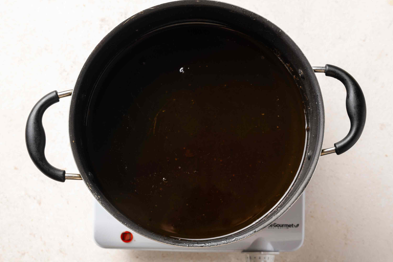 oil in a medium saucepan