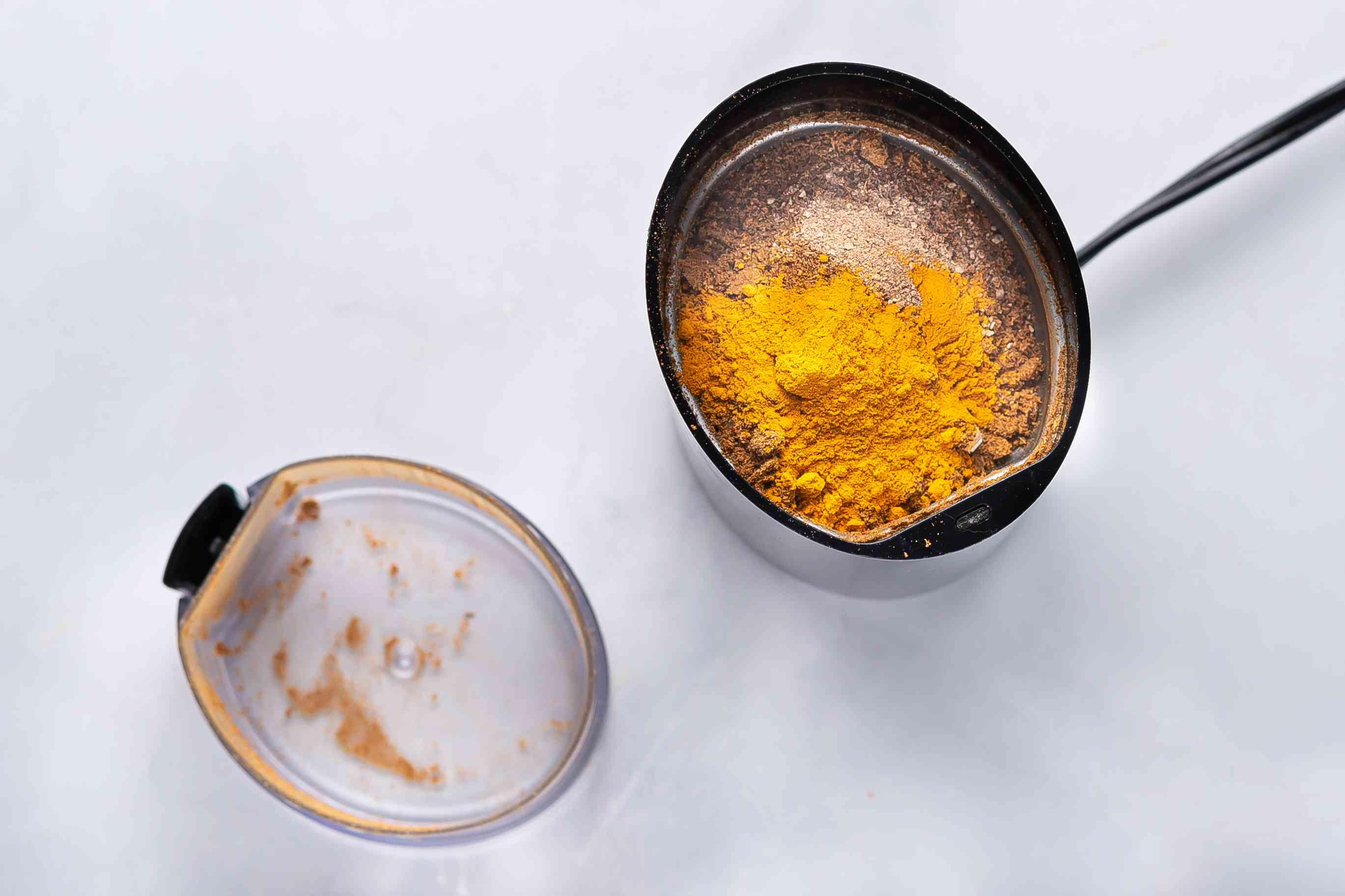 Mix in the turmeric and nutmeg into the spice mixture