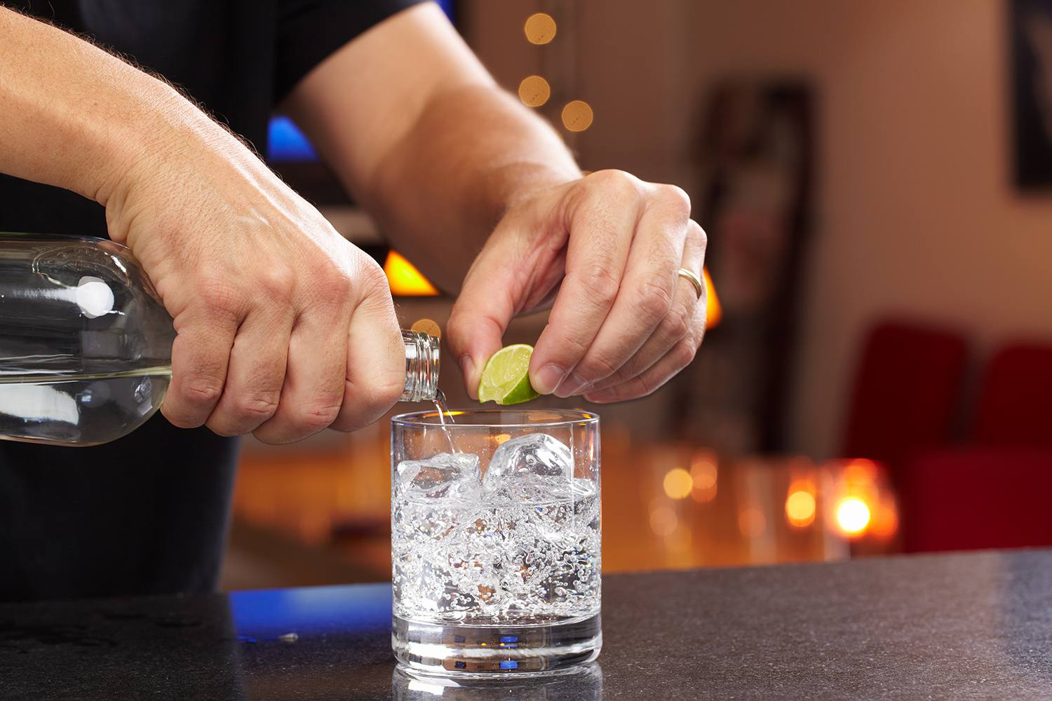 Pouring a gin & tonic at the bar