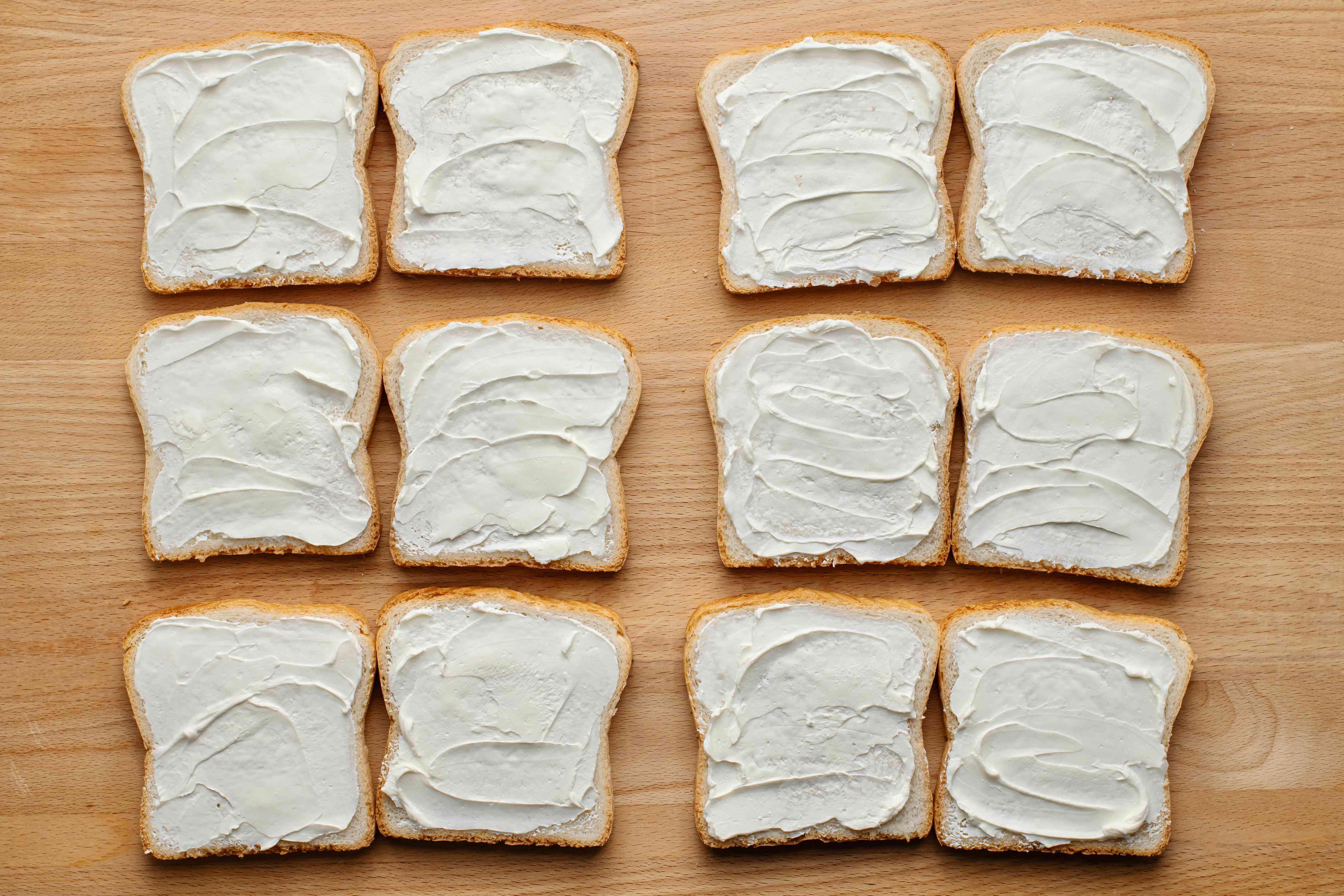 Bread with cream cheese spread