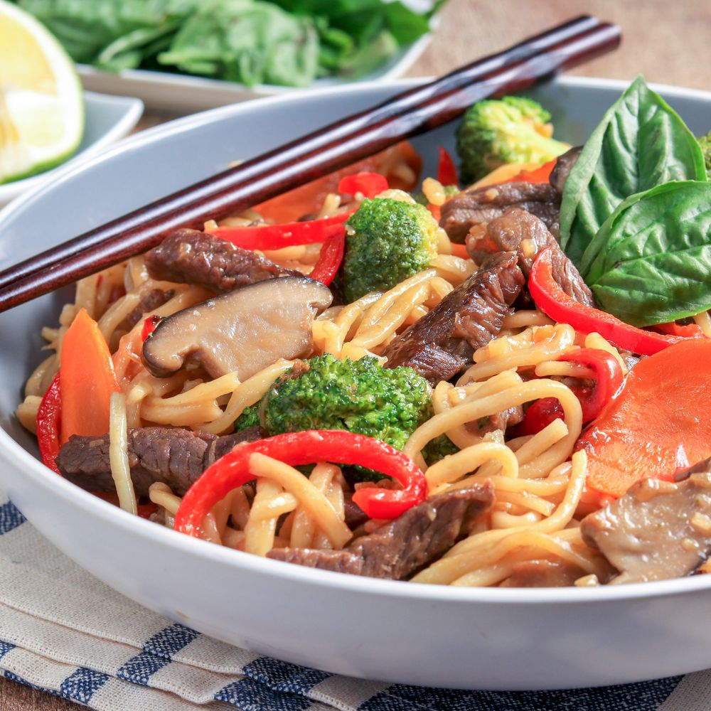 Thai Stir-Fried Noodles With Beef
