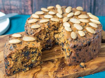 a christmas classic traditional scottish dundee cake recipe
