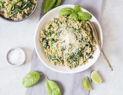 Easy quinoa with pesto and spinach recipe