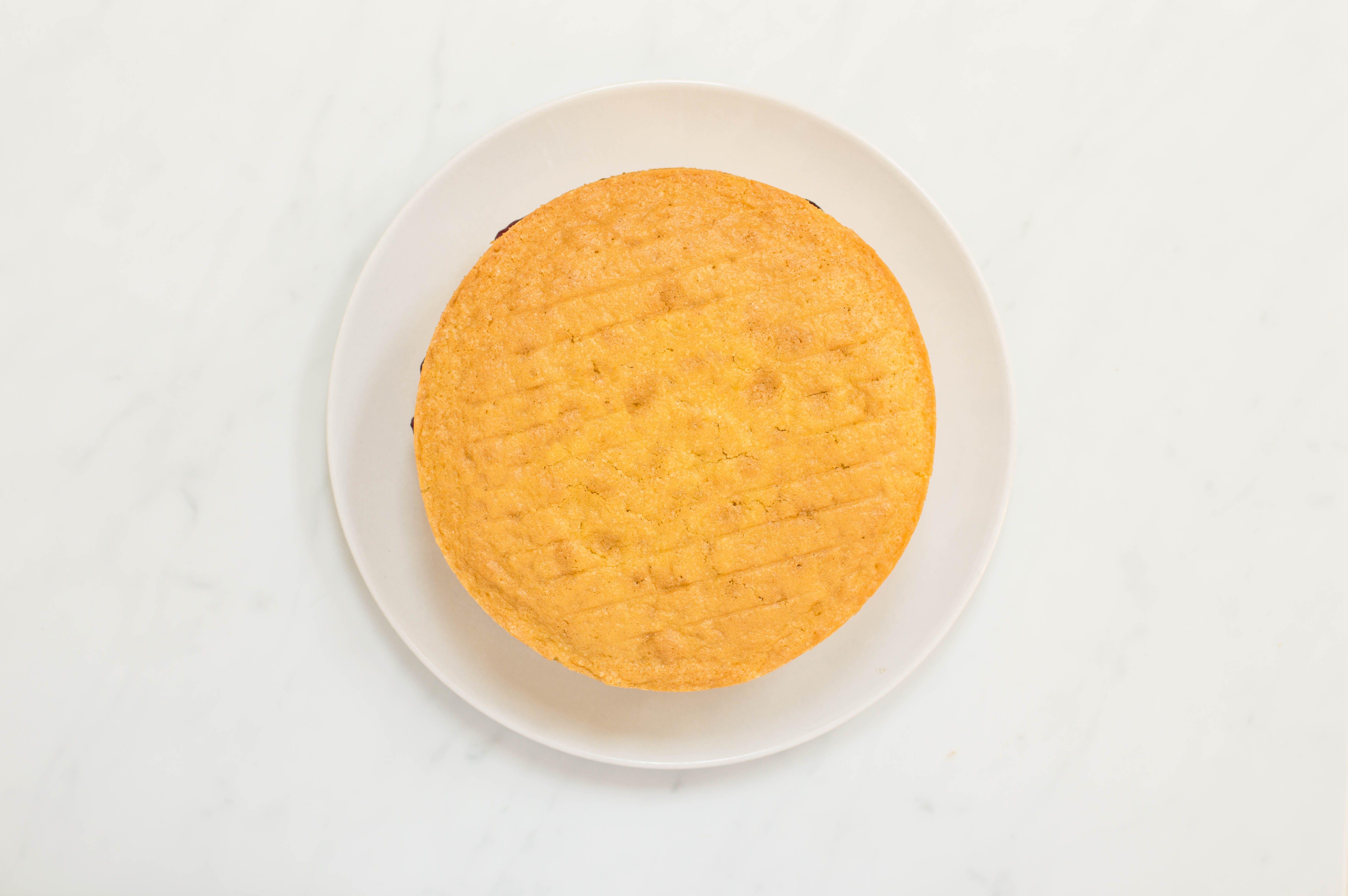 Christmas Spiced Victoria Sponge Cake Recipe