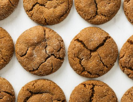 Vegan Chocolate Spice Cookies With Cloves, Cinnamon and Ginger