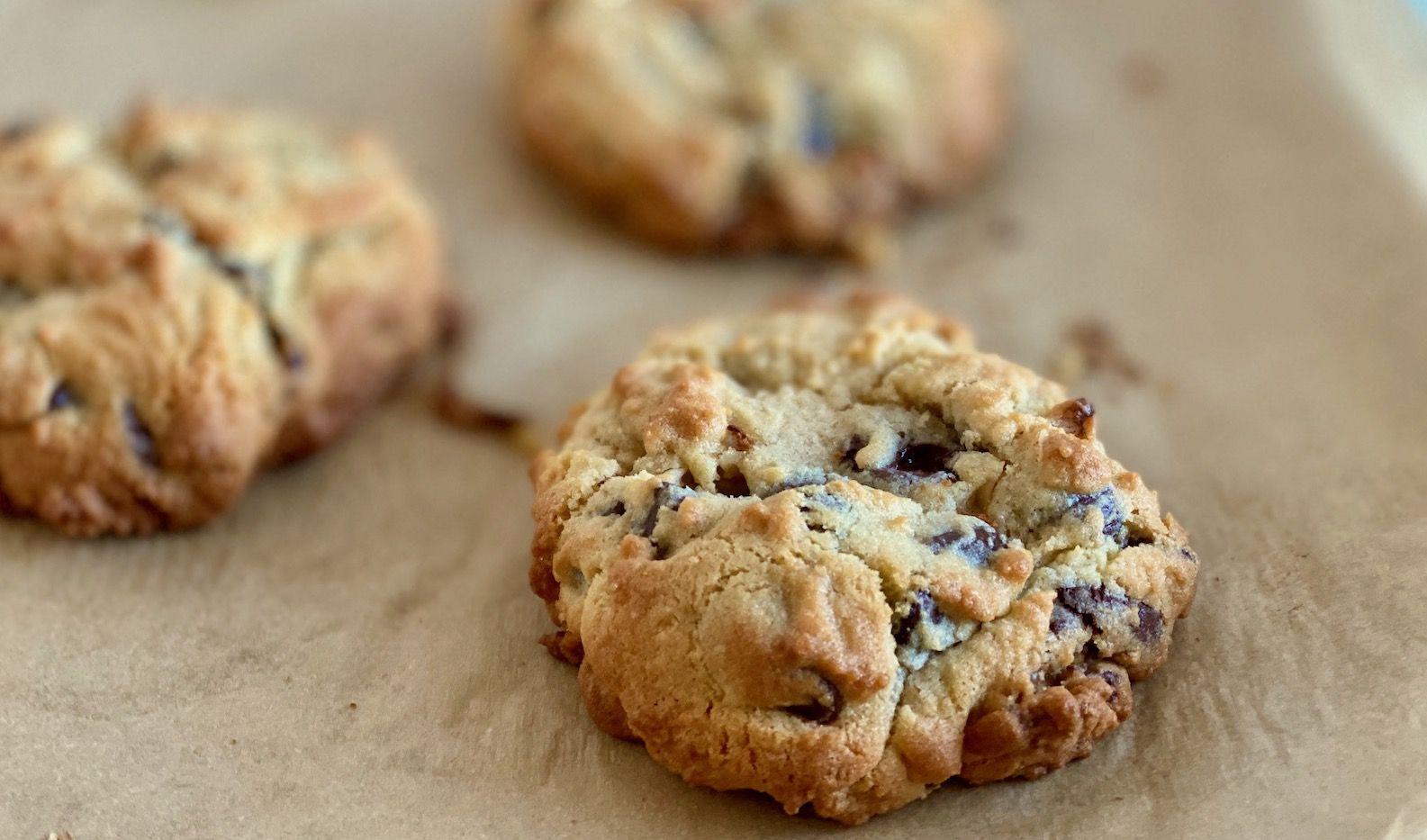 Best Ever Copycat Levain Bakery Chocolate Chip Cookies