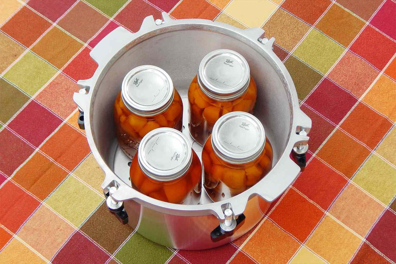 all-american-10.5-quart-pressure-cooker-canner-jars