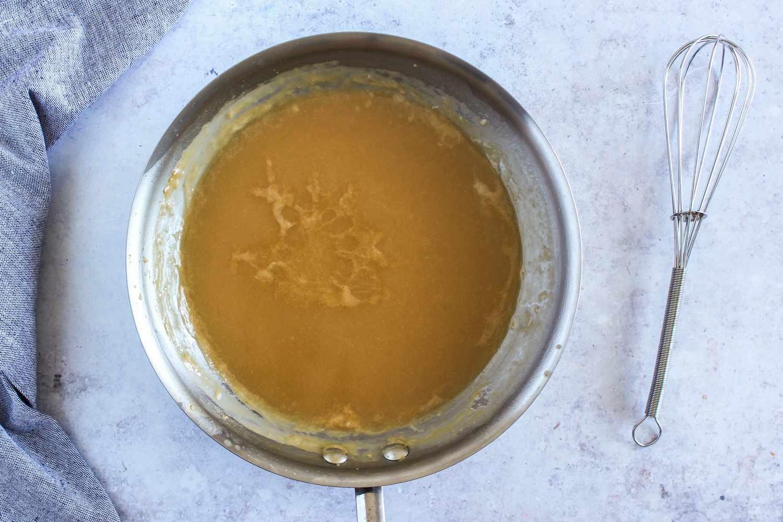 Simmer gravy