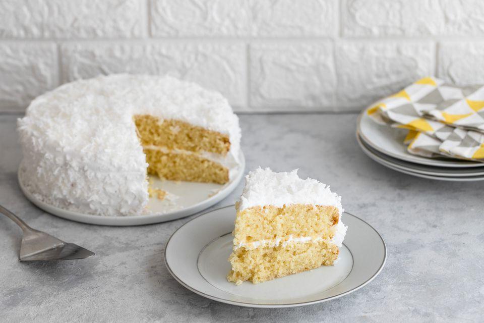 Receta de pastel de capa de coco fresco