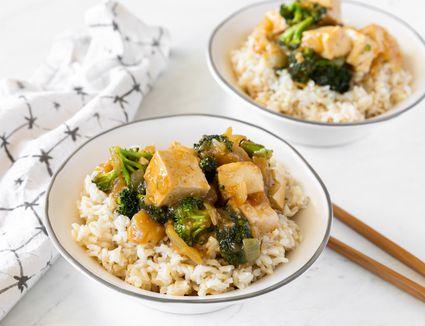 Broccoli and tofu in garlic sauce
