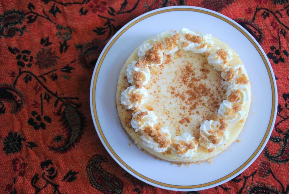 Eggnog White Chocolate Cheesecake