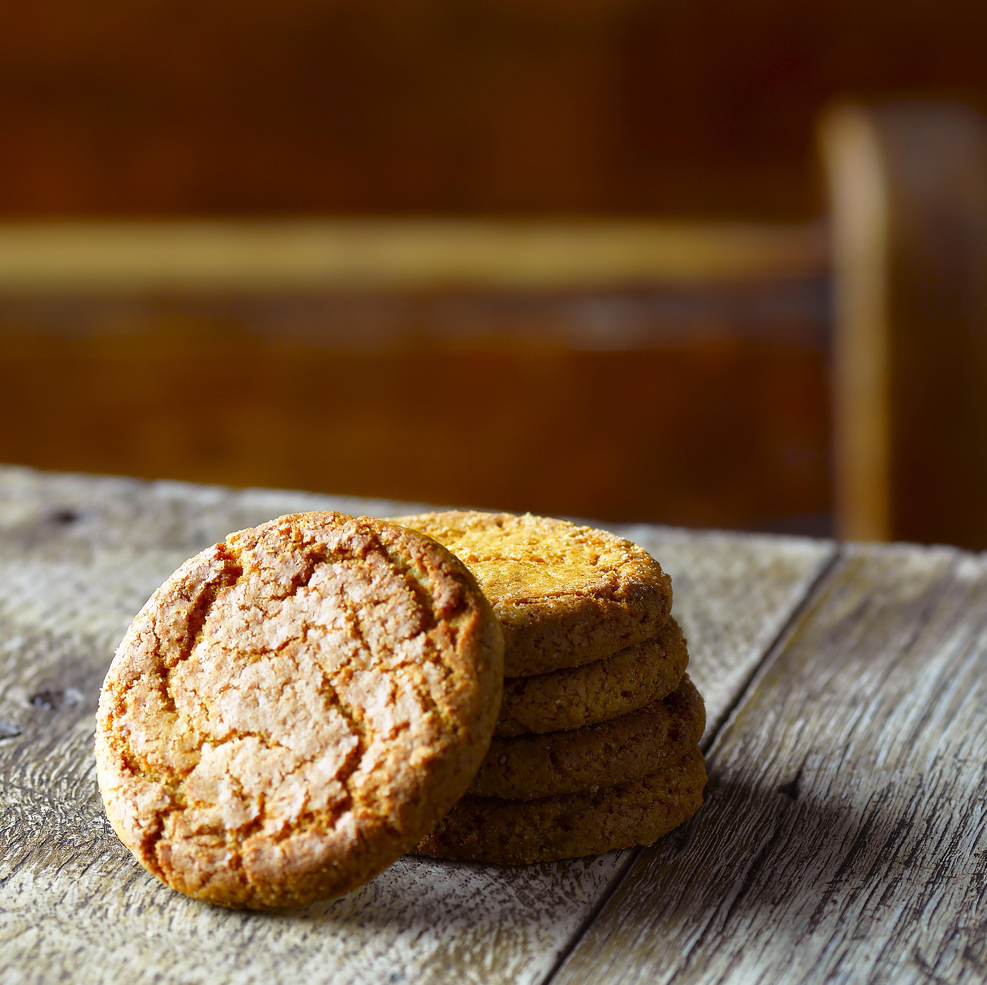 Ginger biscuits (aka ginger snaps)