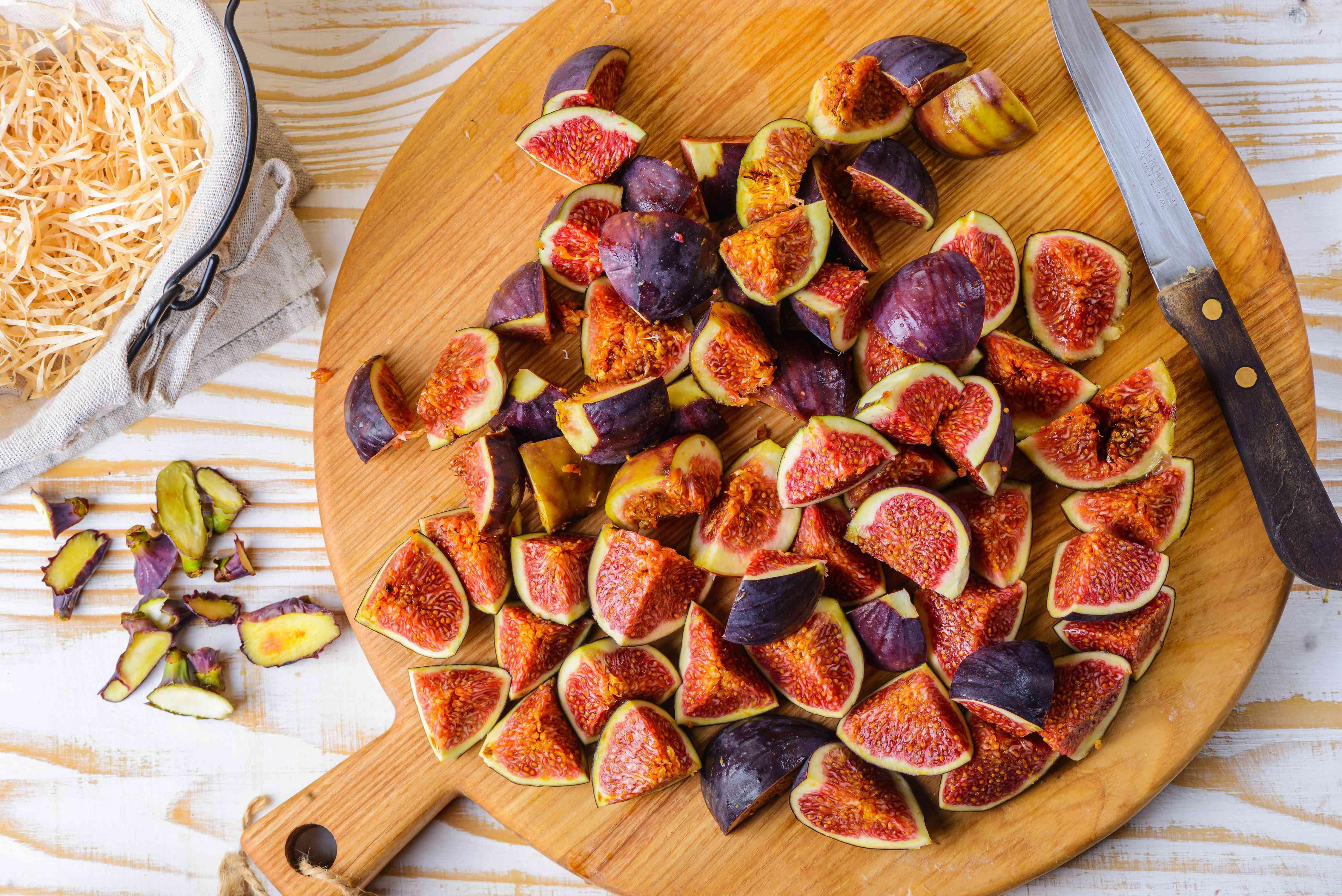 Chop figs