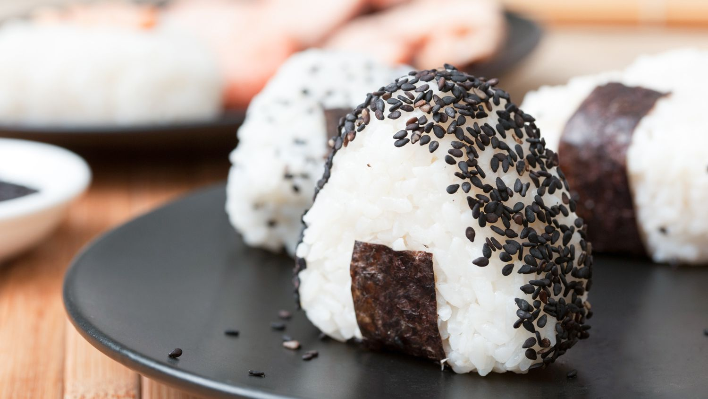 Simple 3 Mini Onigiri Rice Ball Shake Maker from Japan PINK