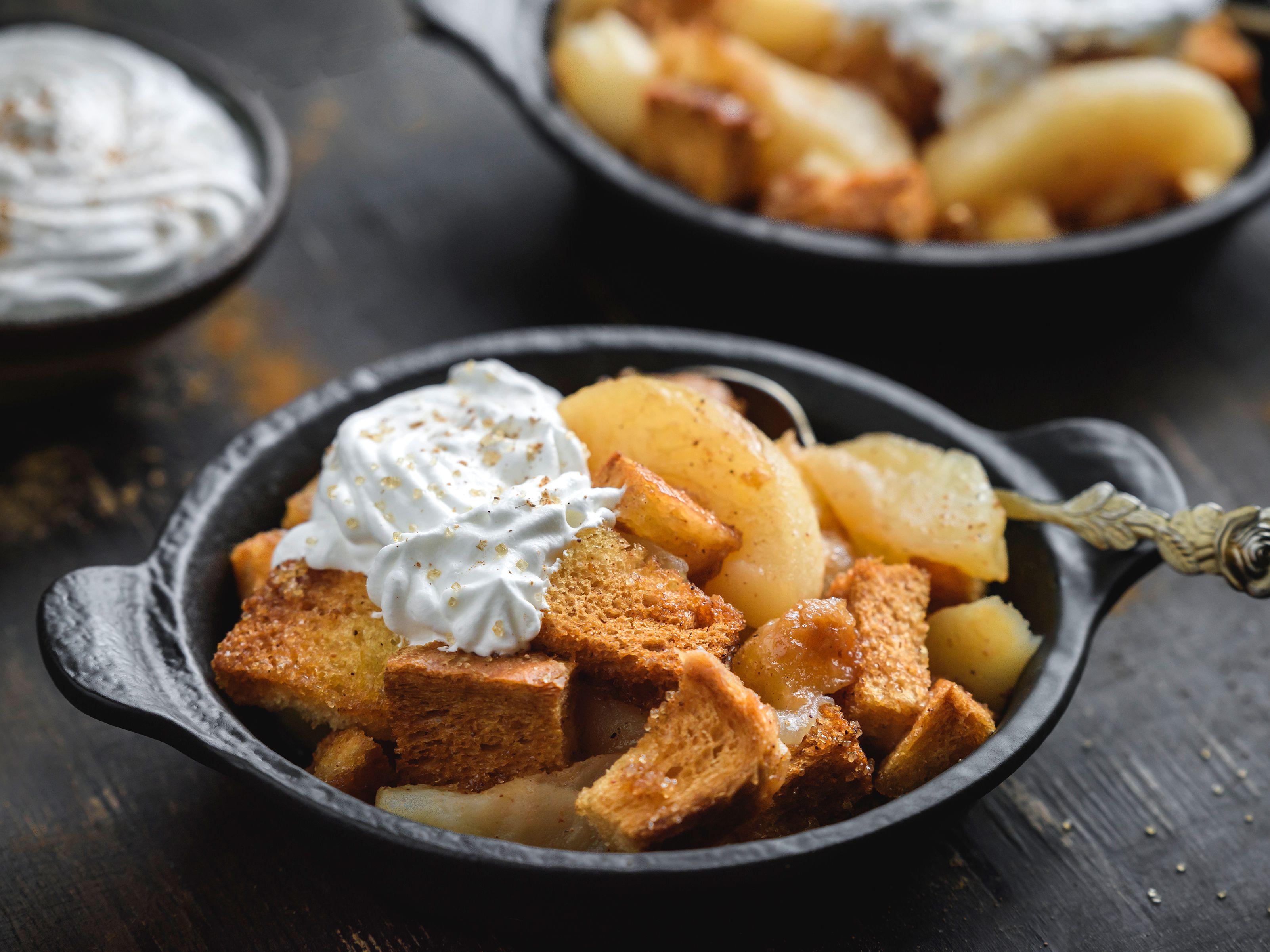 Crock Pot Apple Brown Betty Dessert Recipe