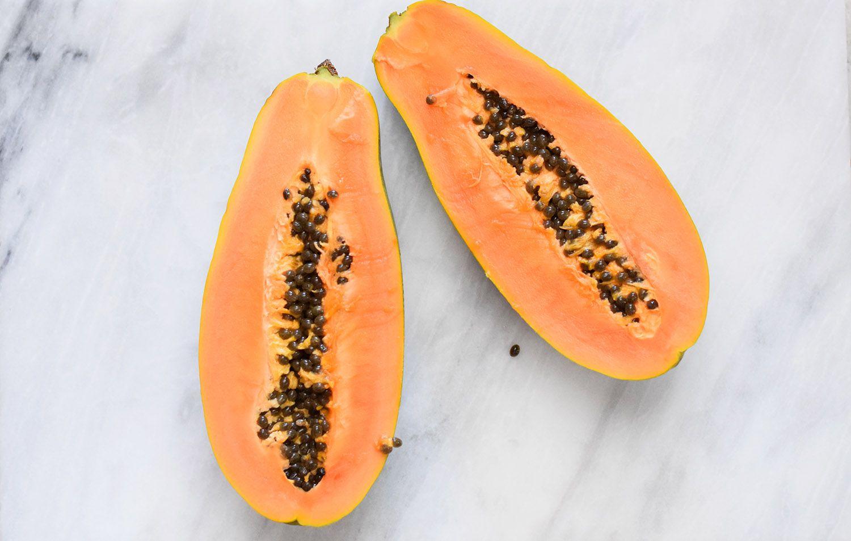 How to open a papaya