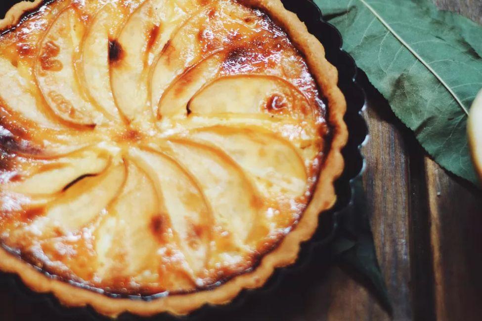 Glazed Fresh Peach Pie