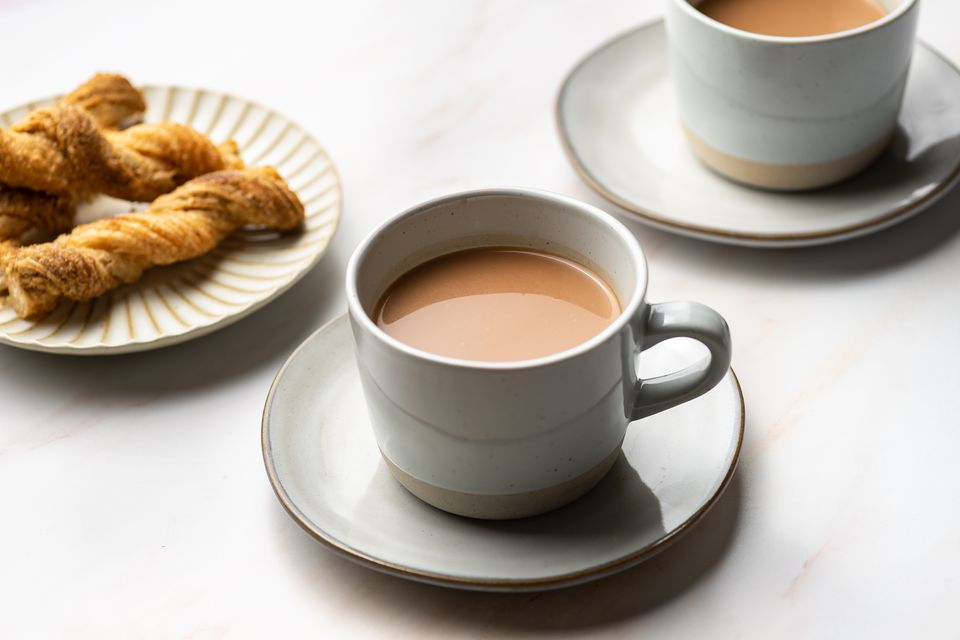 Spanish Hot Chocolate (Chocolate Caliente)