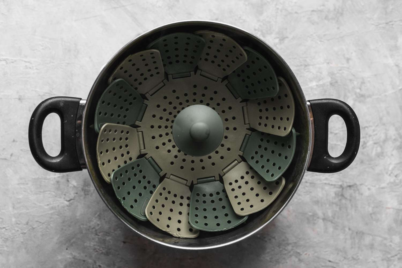 steamer rack in a pot