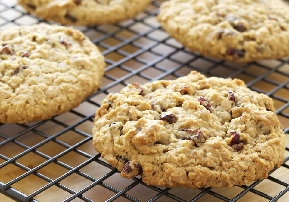 Vegan oatmeal cookies with cranberries