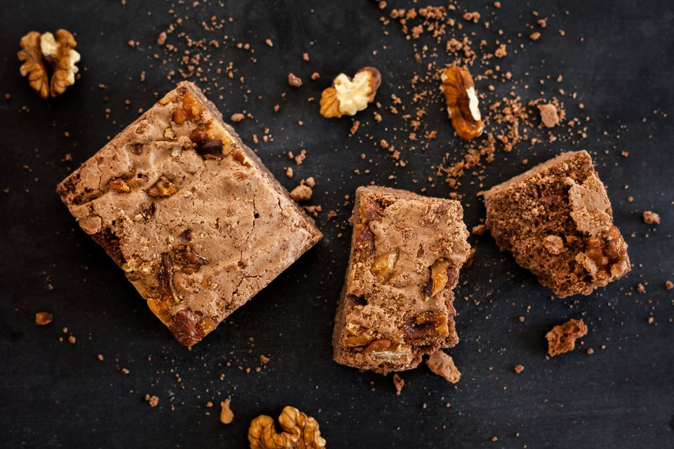 Receta de Brownies de Melaza y Nueces