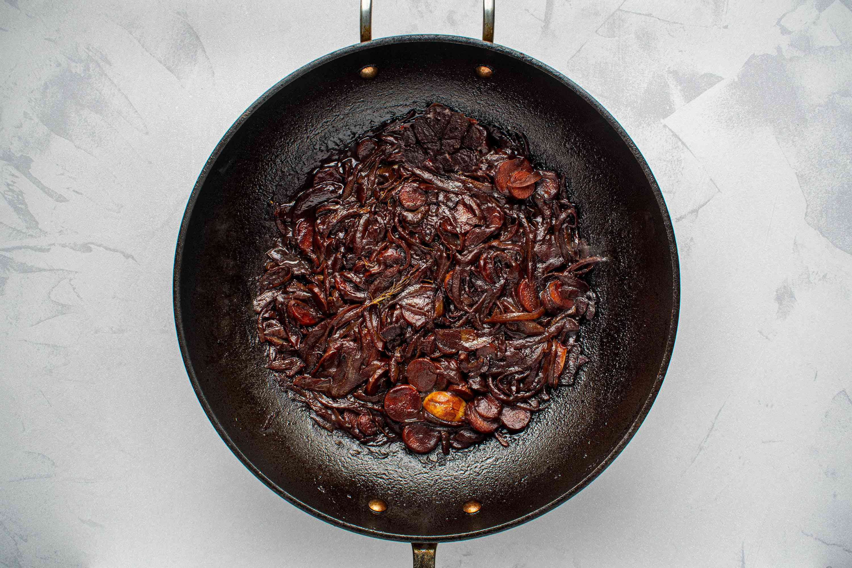 Pincage in a wok