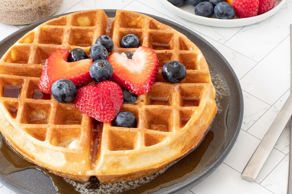 basic fluffy waffles