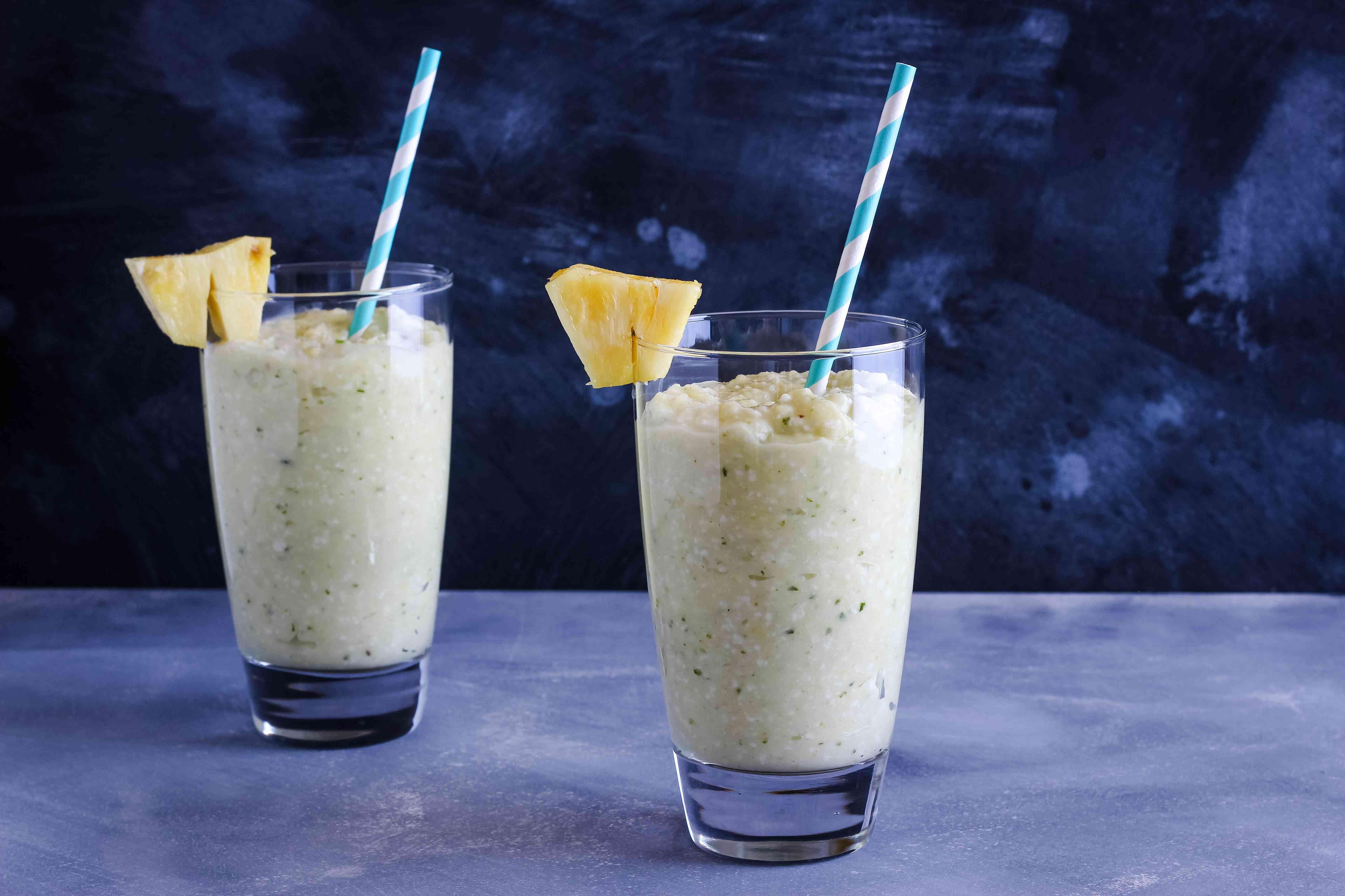 Soursop juice and smoothie recipe