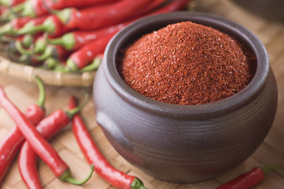 Red chili peppers and cayenne pepper, the major suppliers of heat in cajun seasoning.