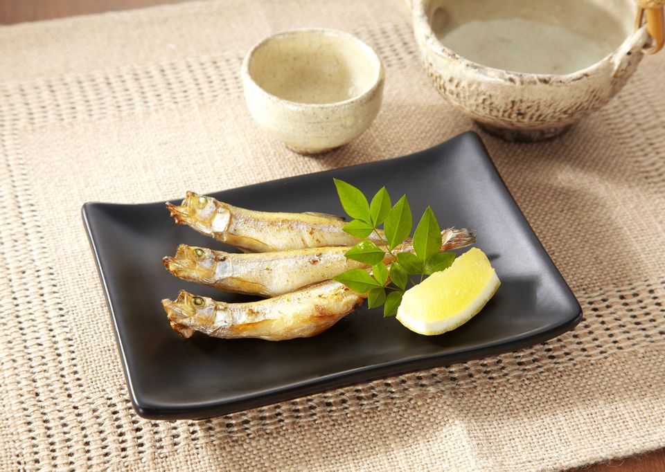Grilled Shishamo (Japanese Smelt)