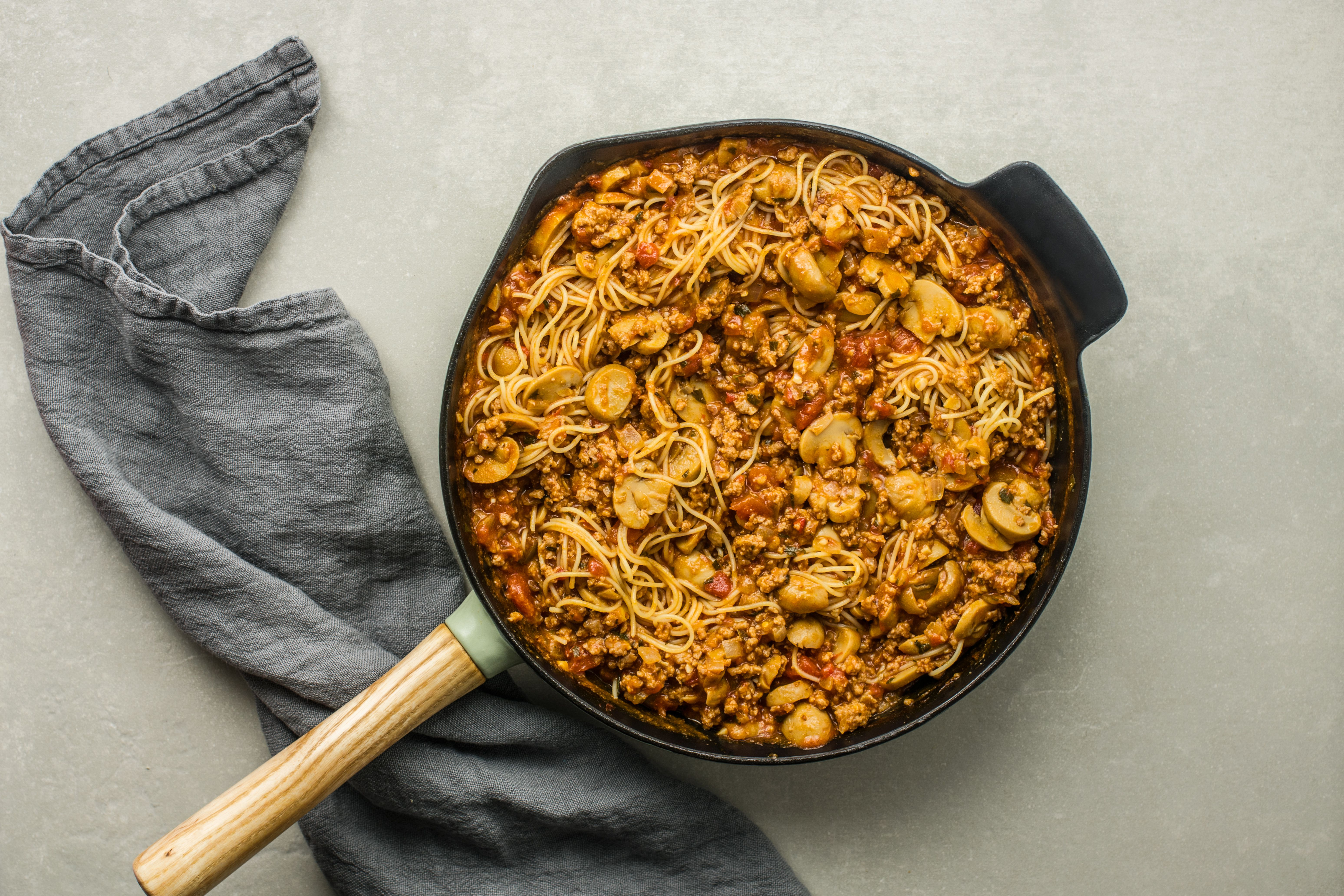 Cooked poasta added to skillet