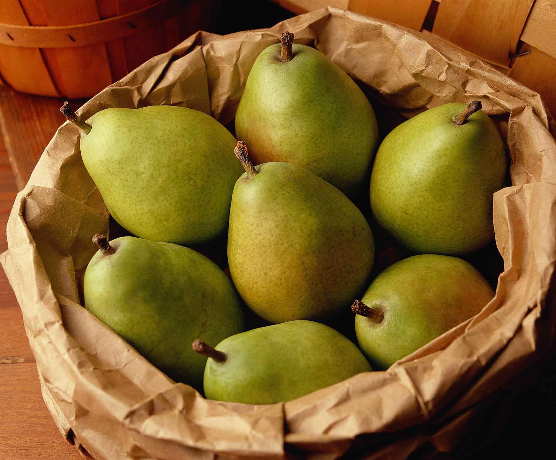 Green Anjou Pears