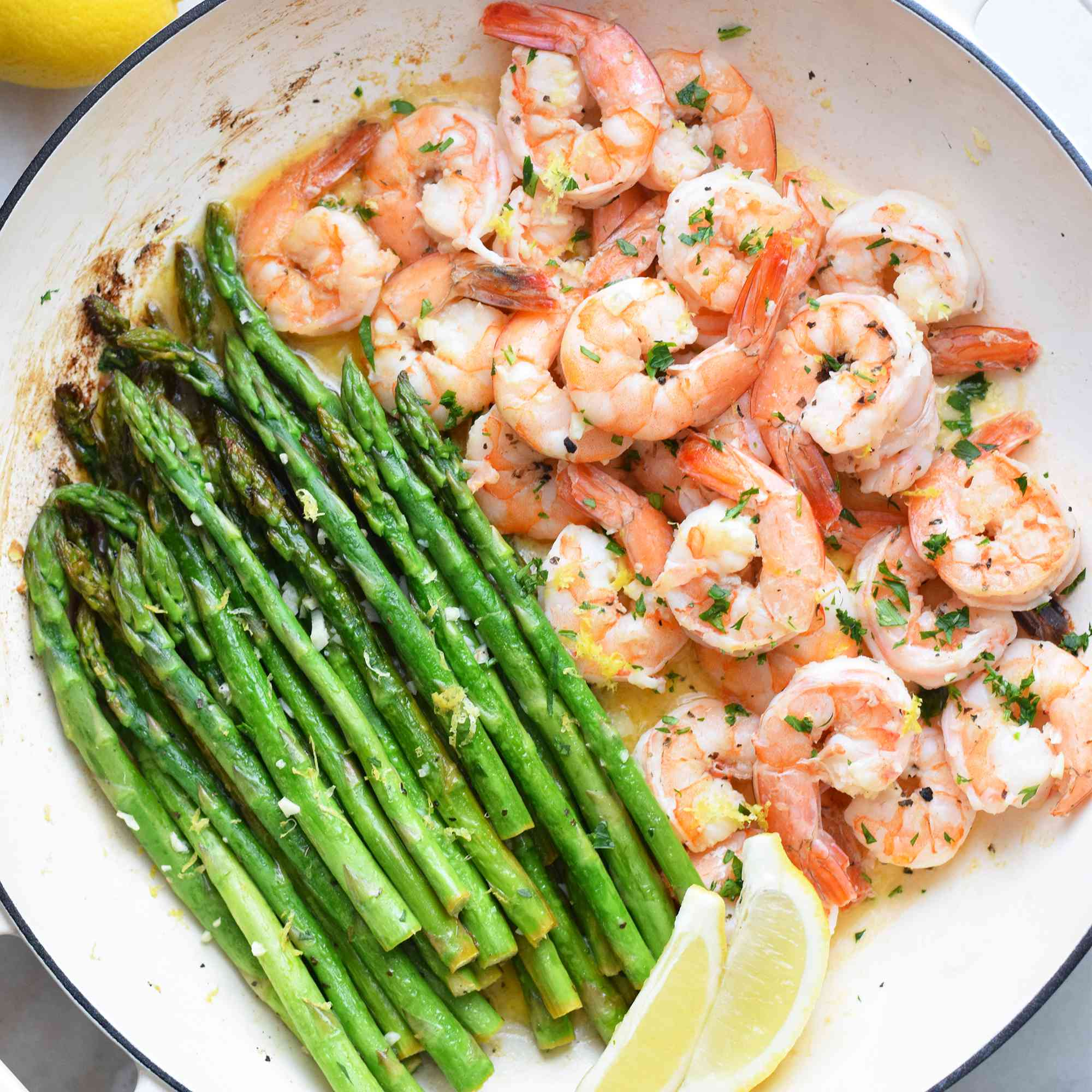 shrimp and asparagus cooked in one large pan