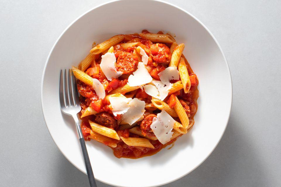 Spanish Pasta With Chorizo and Tomatoes